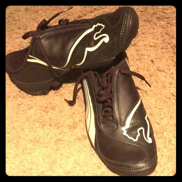 "eabb3cc1f535 Men s Puma ""Big Cat"" Rare soccer Shoes. M 5b6eb4f8cdc7f71c85466a3b"